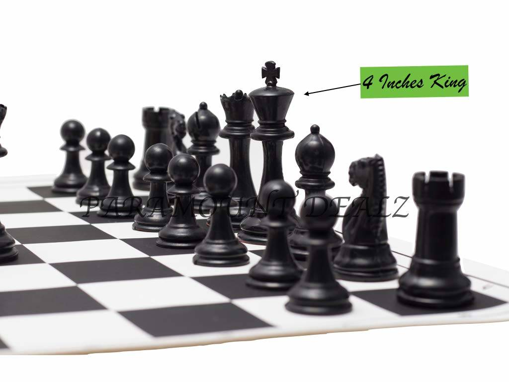 The Knight and the Rook in their position at the chess board