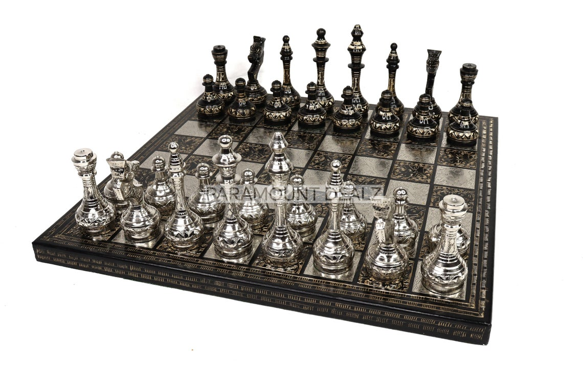 """Paramount Dealz Vintage Collection 14"""" Chess Board Set - Made from Brass and Metal 