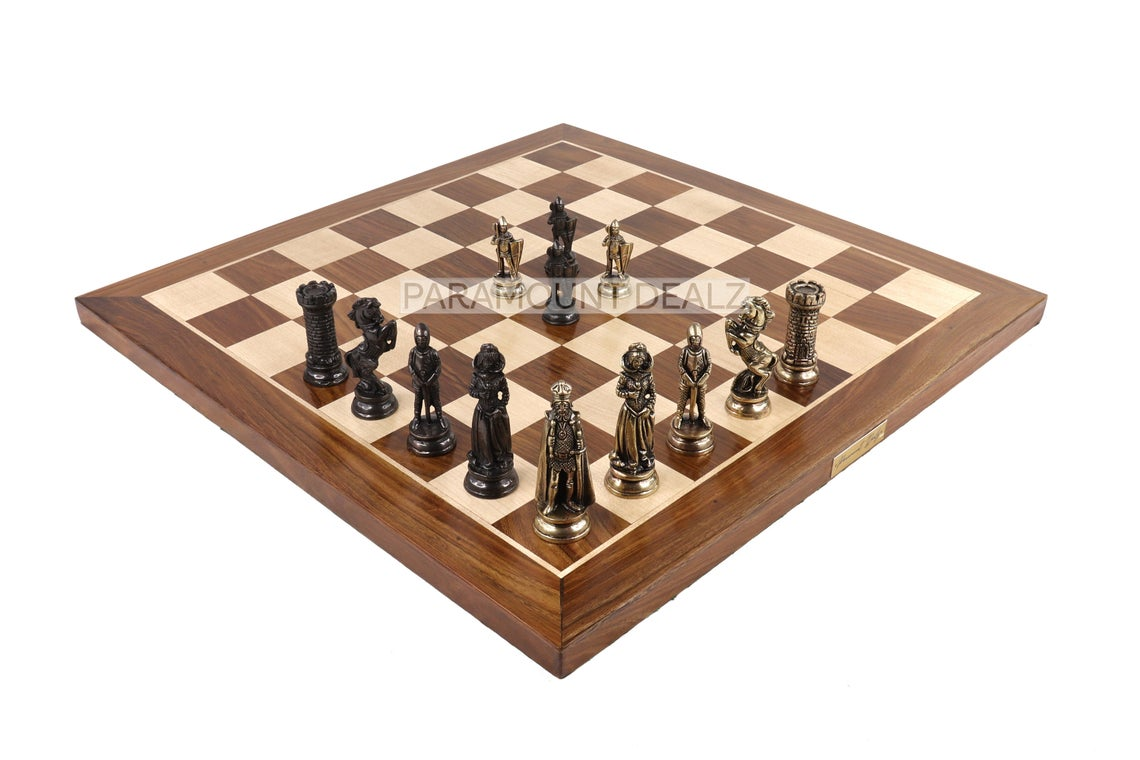 """Paramount Dealz Royal Maharaja Luxury Collection 21"""" Wooden Chess Board with Chess Pieces and Chess Box - Red Felt 