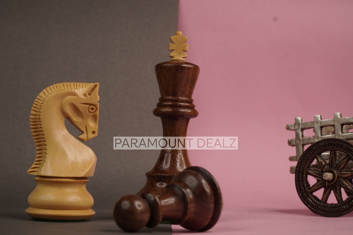 """Paramount Dealz Russian Zagreb 59' Wooden Chess Pieces with Carry Pouch  - 3.75"""" King Height 